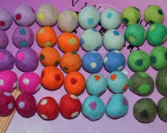 40 Pcs Mix Colors Polka Dots Wool Felt Balls (1cm, 1.5cm, or 2cm)
