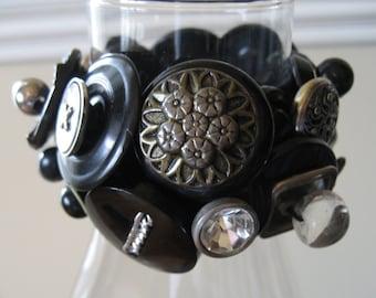 Vintage Button Bracelet / Antique Button Bracelet / Black Vintage Bracelet / Chunky Cuff Bracelet / Rare Button Bracelet