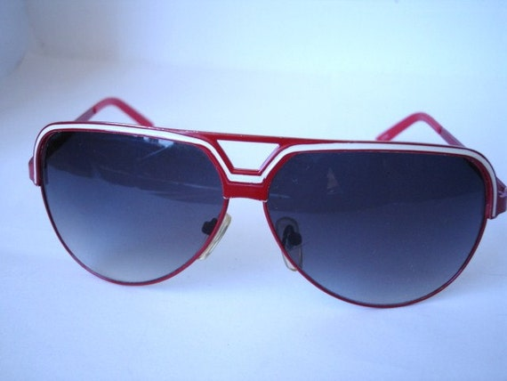 Wow-Authentic Vintage 1970's Sunglasses - See our huge collection of vintage eyewear