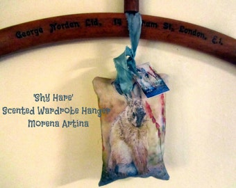Shy Hare Scented Wardrobe Hangers