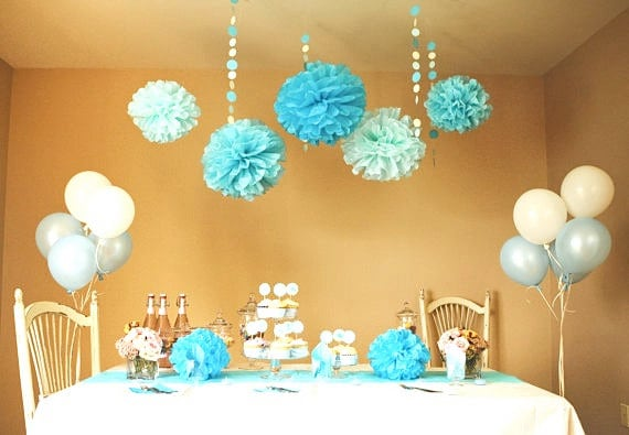 Homemade Baby Shower Decorations 570 x 395