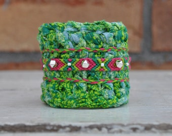 SALE Green Friendship Cuff / Crochet Bracelet