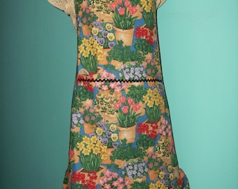 Spring Flowers Apron - Tulips, Daffodils, Pansies - Ladies Full Ruffled Apron