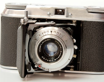 VOIGTLANDER VITO II 35mm Camera with Case 1950s