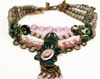 Choker pink green  - necklace leather flower - bohemian gypsy jewelry - brass metal - Swarovski, chemstone