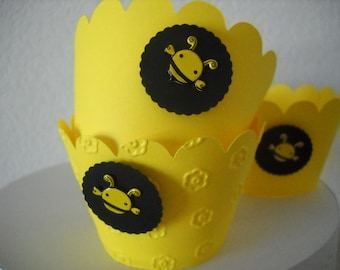 What Will It Bee - Sunshine Yellow Cupcake Wrappers - set of 12