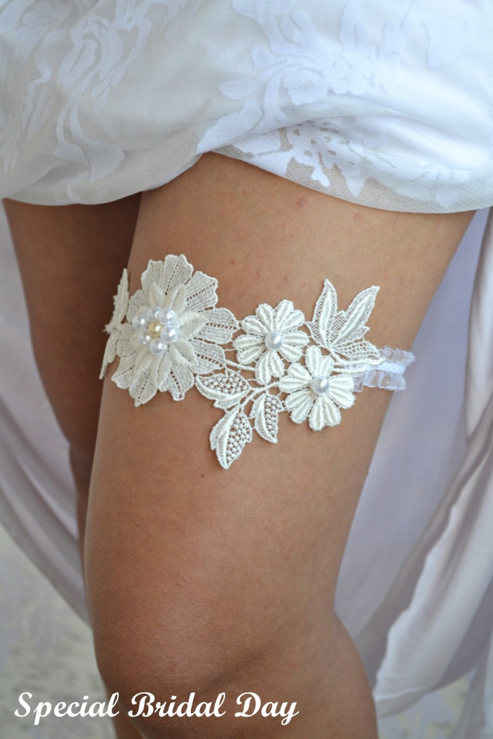 Bridal Garter Wedding Garter Set Ivory Lace Garter Wedding