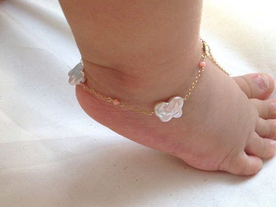 9 Cute Anklets for Babies
