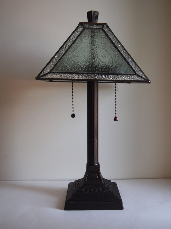 stained glass mission style table lamp. Black Bedroom Furniture Sets. Home Design Ideas