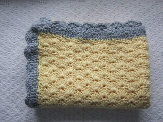 Crochet Stitch Overview : Crochet shell stitch baby blanket by Aubreyscrochet on Etsy