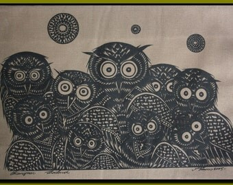 Thai traditional art of Owls by silkscreen printing on cotton