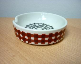 Modernist Vintage Helmut Kruger Design Small Bowl / Germany 1960s / Black and White and Red