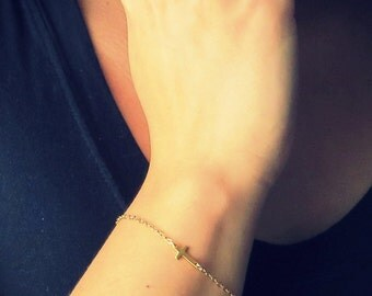 Gold Sideways Cross Bracelet, thin chain bracelet, Gold Cross Bracelet, Asymmetrical Cross, Side Cross Bracelet