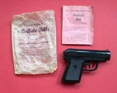Vintage Wild West Western Ray Gun BUFFALO BILL Water pistol 1950's MIP
