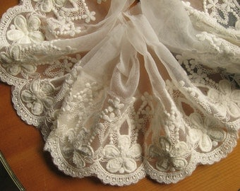 Off White Cotton Embroidered Lace Trim Retro Textured Daisy Florals tulle lace trim 1 yard WSCX040B