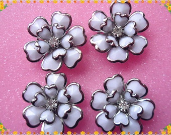 4pcs  flower White rose brass cabochon 25mm
