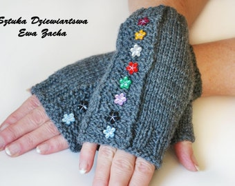 Grey Fingerless Mittens in handmade-wrists warmers gloves with flowers applique