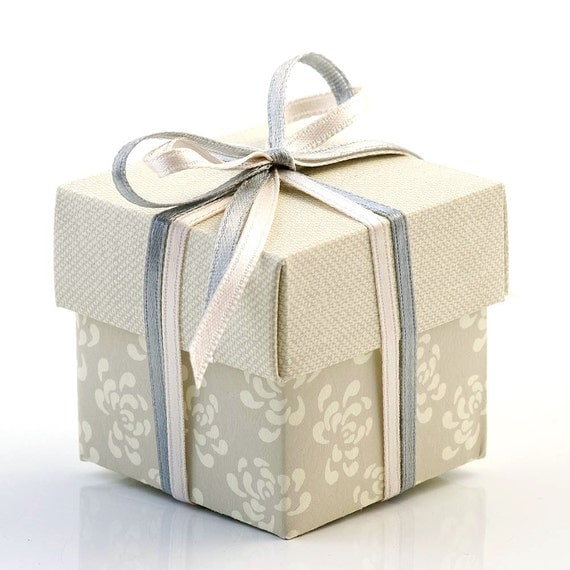 Small Gift For Wedding: 10 Small Grey Vintage Square Gift Boxes / Wedding By