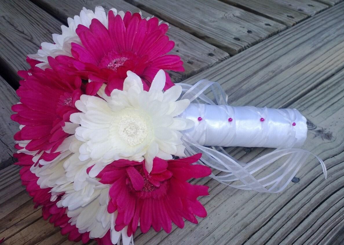 Fuchsia daisy bouquet bridal bouquet wedding bouquet fuchsia zoom dhlflorist Gallery