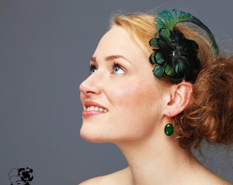 Fascinator  Feathers green Wedding hairpiece Acessoire 20-ies Style twenties great gatsby