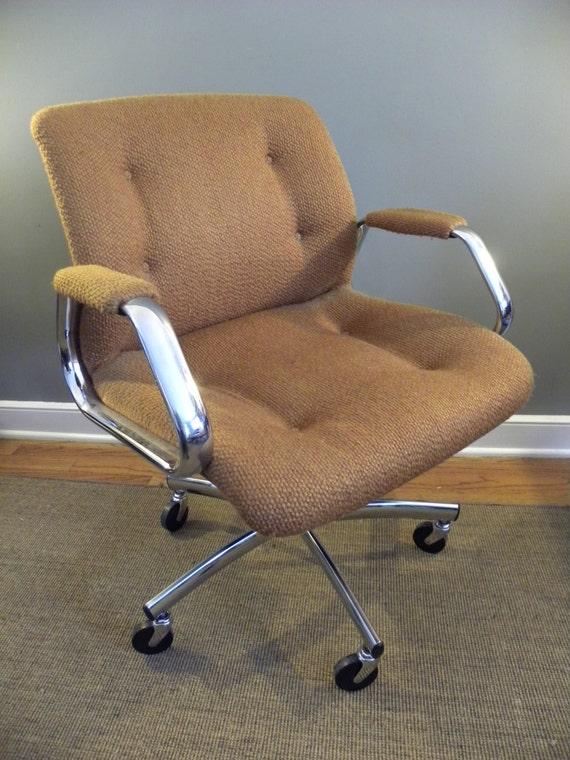 Vintage 70s orange steelcase chrome by vintageindustriesinc for Vintage 70s chair