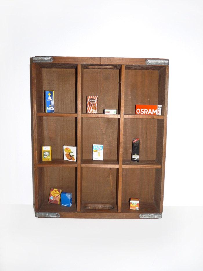 Ancien tiroir en bois casiers meuble de m tier d co for Meuble bois tiroirs casiers