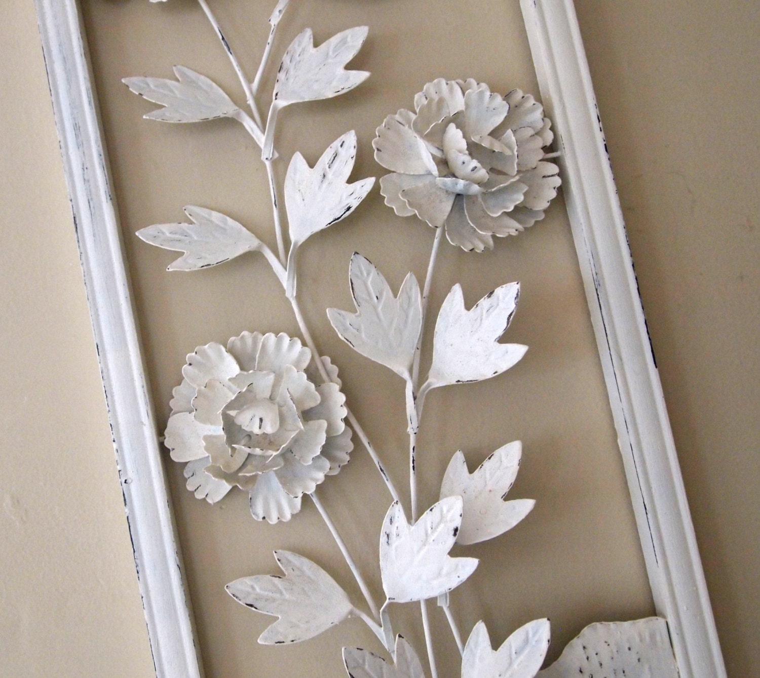 Wall hanging vintage metal 3d art three dimensional floral for Metal flower wall art