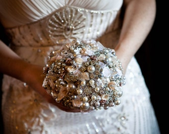 Pearl Bouquet, Brooch Bouquet, Jewellery Bouquet. Vintage wedding