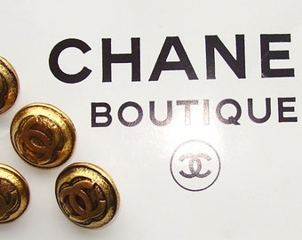 GOLD CHANEL BUTTON With Logo...