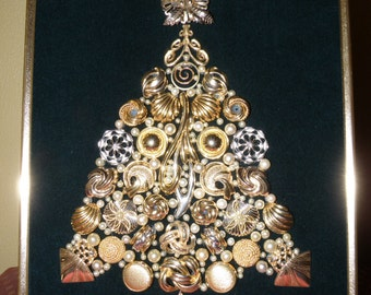 "One-of-a-Kind Framed Vintage Jewelry Art Christmas Tree Handcrafted ""Pearls & Mixed Metals"""