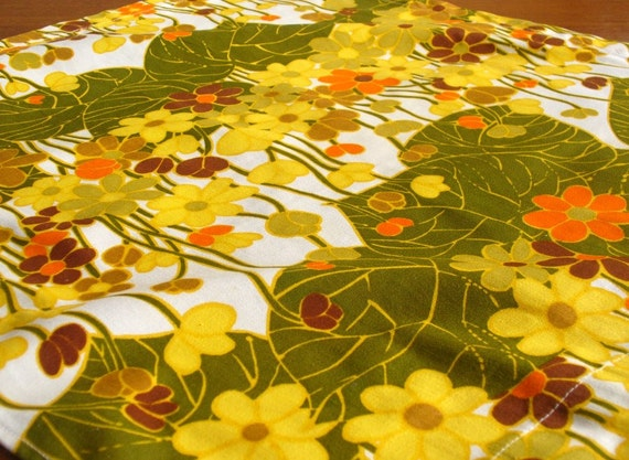 Retro cotton drill remnant - colourful floral cotton 58 x 54 cm