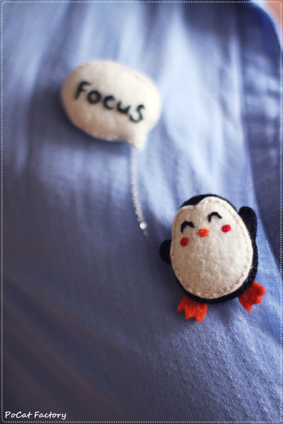 img brooches collections products selatan brooch penguin