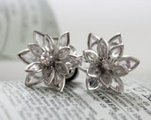 Flower Plugs Size 4g 2g 0g 00g and Up Vintage Inspired Clear w Rhinestone Gauges Size 4 2 0 00 or Pierced Wedding Bridal Prom Wear