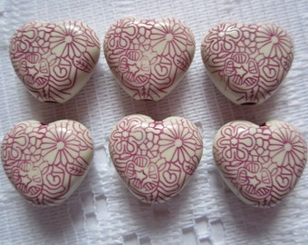 6  Plum Purple & Cream Etched Floral Heart Acrylic Beads  16mm
