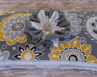 Baby Wipe Case in Gray and White Flower Pattern with Chevron Design on Back
