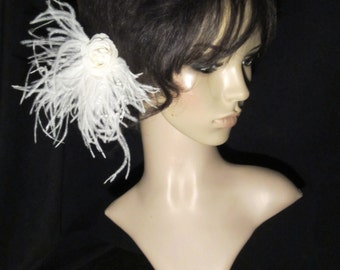 LBD758 - Ivory bridal ostrich feathers,silk rose with pearl center on a hair clip