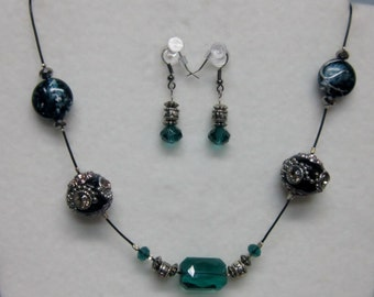 Emerald Bling necklace and Earrings