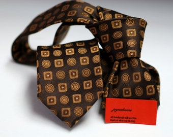 SKINNY Silk Tie in Neats with shades of Brown