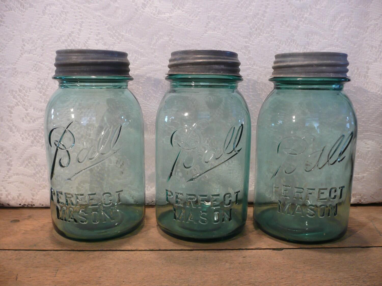 vintage blue ball perfect mason jars large by vintagepurveier. Black Bedroom Furniture Sets. Home Design Ideas