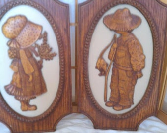 Hollie and Robbie Hobbie Wall Plaques 1972