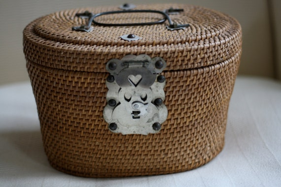 Vintage Asian Tea Basket