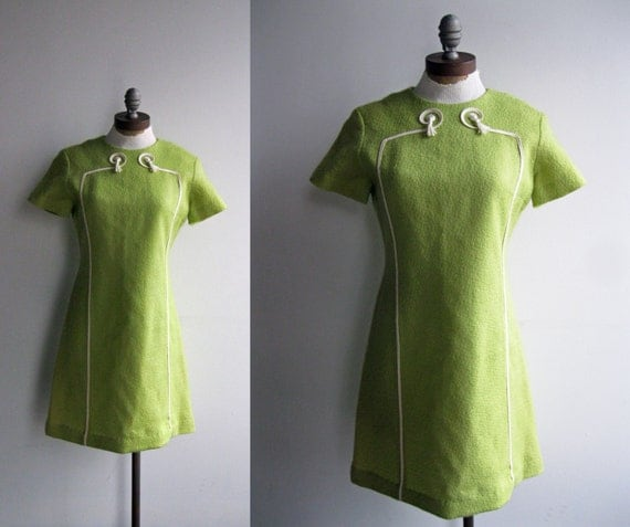 1960's Women's Lime Green Boucle Mini Dress with Graphic Cream White Tassle Detail