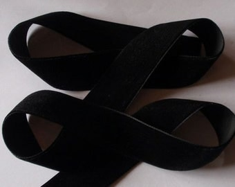 5 yards 1 inches Velvet Ribbon in Black RY01-03