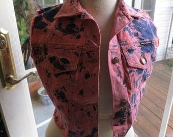 Women's DKNY Deadstock vintage 90's tye dye jean jacket.  Size Small.