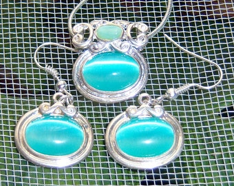 80s Moonglow Necklace Earring Set