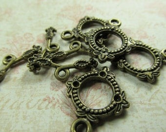 Antique Brass Toggle Clasp with Bar
