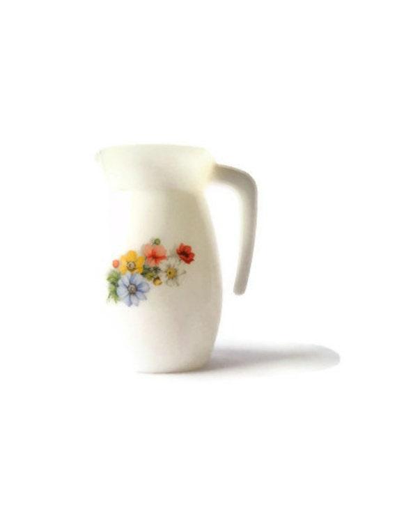 White Arcopal France flower pitcher -- vintage ceramic tableware  -- French kitchen decor