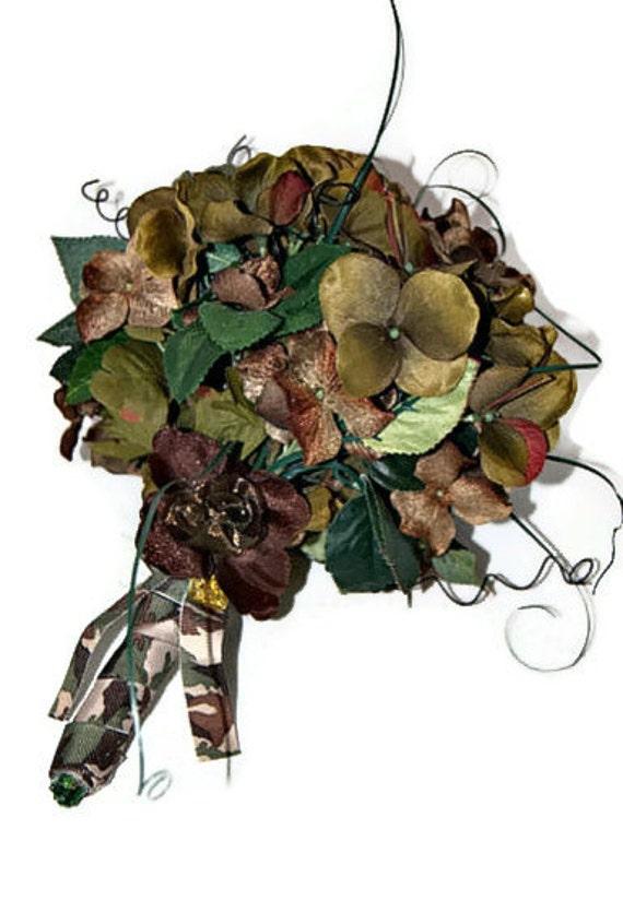 Bouquet wedding bouquet with brown satin camo wedding flowers camo