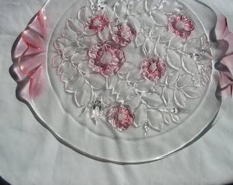 Mikasa Elegant Intaglio Rosella  Pink Cake Stand Plate     Simply Beautiful