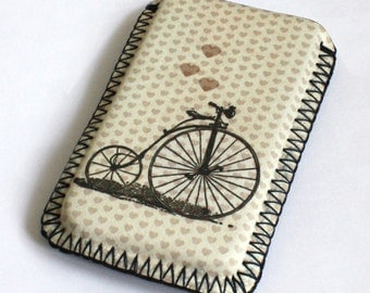Bicycle with heart - iPhone 4 4s Case - iPhone 4 4s Sleeve - iPhone 4 4s Cover